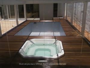 Deck-em-piscina-e-SPA-Campo-Comprido-300x225
