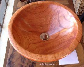 Cubas em madeira maciça